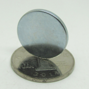 powerful-round-ndfeb-disc-magnets-d20-2mm-02
