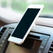 360-degree-rotation-magnetic-car-phone-holder-03