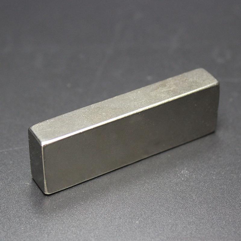 top-grade-block-ndfeb-magnet-f60x20x10mm-01